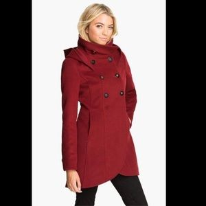 Beautiful Soia & Kyo red trench coat